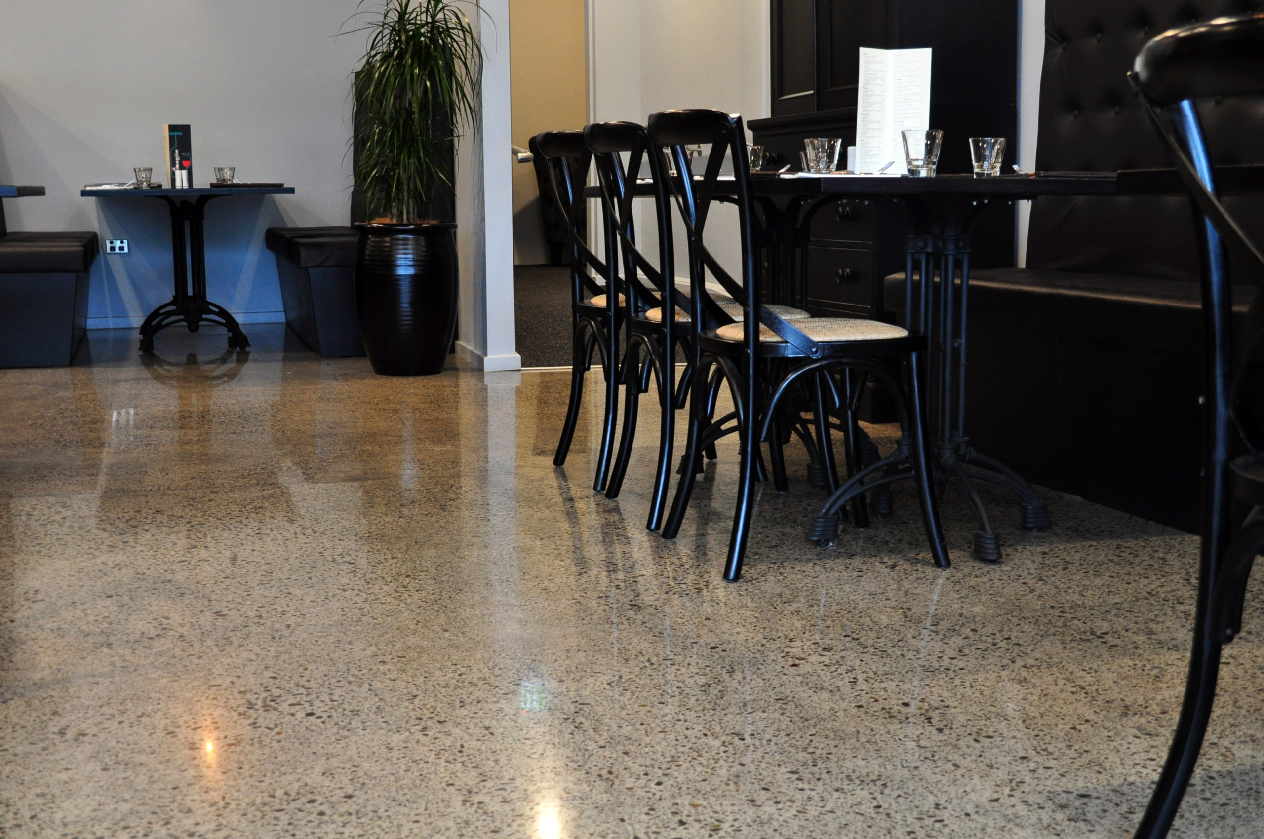 Full grind and polish of old industrial concrete slab